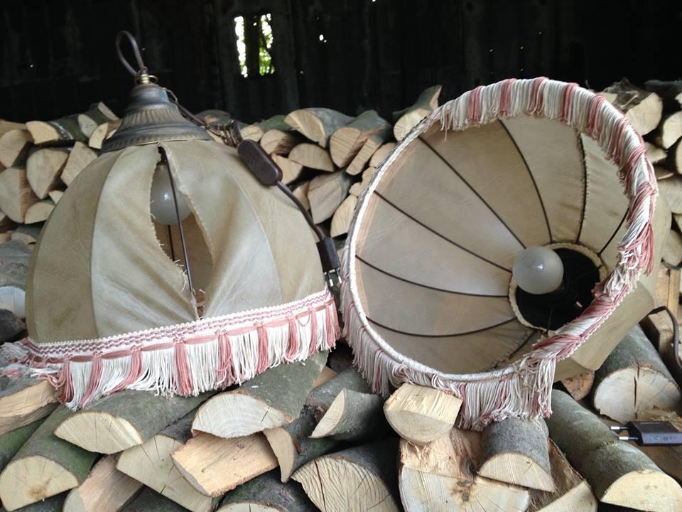 Et billede af de lamper var i campingvognen