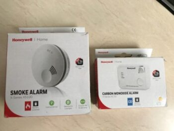 smoke alarm and carbon monoxide alarm