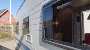 Fjerne ridser på campingvogn vinduer 3