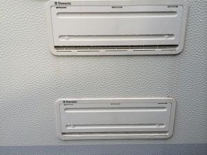 Gasflammen blæser ud ved kørsel med køleskabet på gasdrift