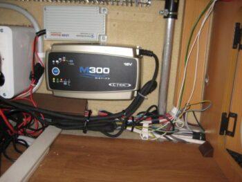 Udskifte batterilader i en Kabe