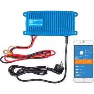 Victron Blue Smart IP67 batterilader i Kabe Campingvogn